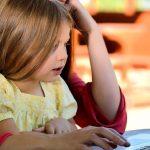 Πώς επηρεάζεται το οπτικό σύστημα των παιδιών από την «ψηφιακή εισβολή» που έφερε η πανδημία;