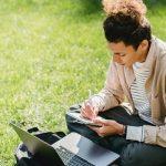 Τα επαγγέλματα της πληροφορικής που σου επιτρέπουν να δουλεύεις από οπουδήποτε
